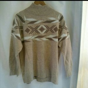 Calvin Klein Sweater w/ High Collar & Pattern, M
